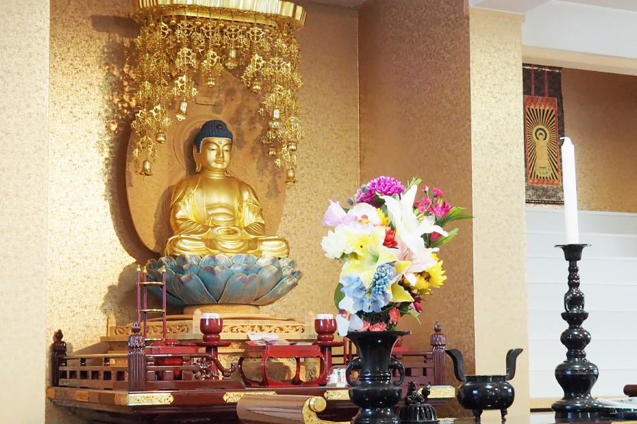 唐湊霊廟の本堂